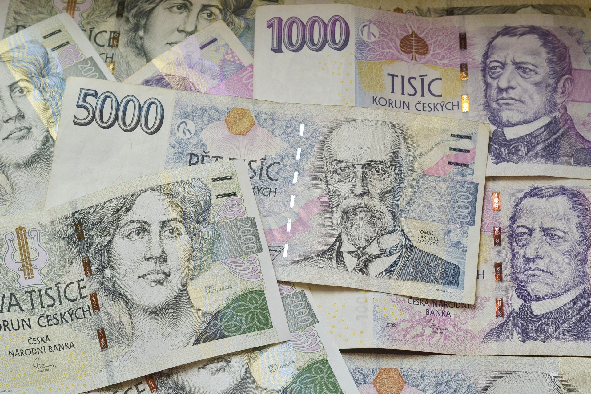 penize koruny koruna tisic money